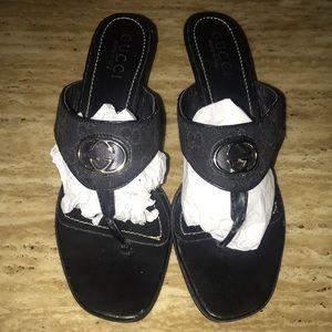 Gucci tong sandels